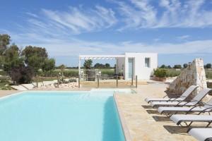 piscina e area solarium