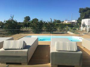 area solarium e piscina idromassaggio