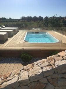 Vasca idromassaggio in agriturismo nel Salento, vicino Porto Cesareo
