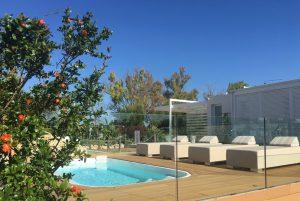 Area relax - piscina idromassaggio e solarium